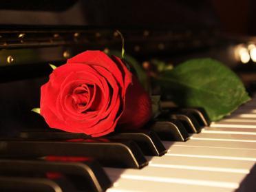 Top 10 cele mai romantice melodii romanesti din toate timpurile