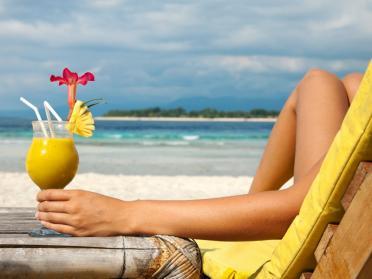 Playlist pentru plaja: melodii vesele de vara