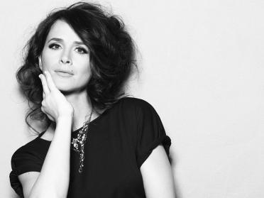 6 dintre cele mai frumoase melodii ale Madalinei Manole