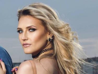 Ecaterine lanseaza Phoenix, primul ei single din 2017